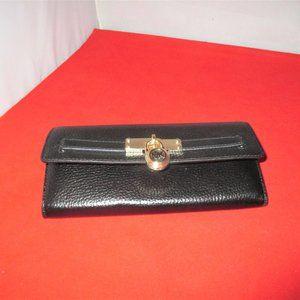 Michael Kors Nouveau Hamilton Carryall Flap Wallet